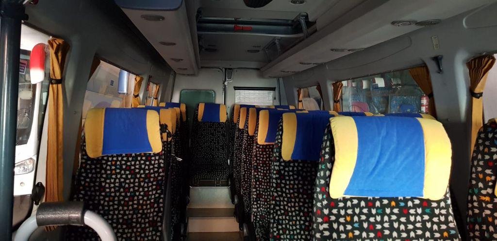 Flota de Vehículos en Viajes Salambus